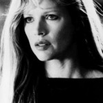 Domino Petachi (Kim Basinger)
