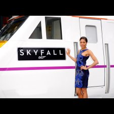 Naomie Harris with Skyfall train