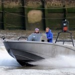 Spectre Thames filming stunt doubles rehearse225