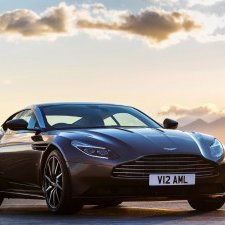 Golden Drive: new Aston Martin receives high praise