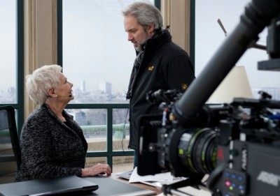 mendes-on-skyfall-set-with-dench