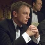 Daniel Craig plays Poker