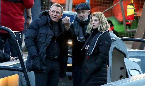 Craig, Mendes & Seydoux confer on boat 17 May