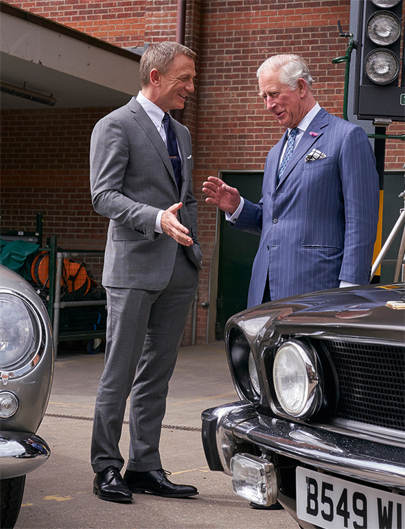 To Pinewood With Love: Royal visit to B25 set